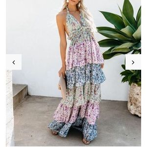 Floral Tiered Halter Maxi - L worn once 🌸